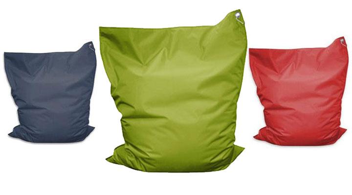 le coussin xxl un g ant du confort. Black Bedroom Furniture Sets. Home Design Ideas