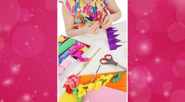 DIY: Réalisez une fleur en papier de Fête des Mères