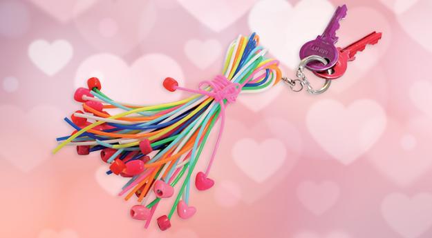 DIY : Un porte-clés scoubidou coloré et amusant