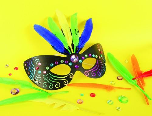 Réalisez facilement votre masque de carnaval personnalisé en suivant notre tuto - DIY - Blog La Foir'Fouille