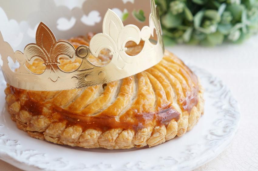 Créez facilement votre couronne des rois personnalisée - DIY - Blog La Foir'Fouille