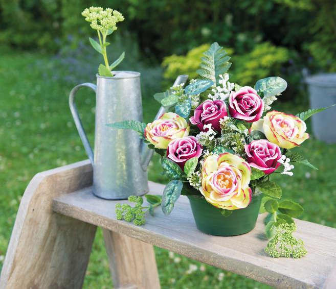 La pomme de terre, une astuce simple pour replanter une rose - On adore - Blog La Foir'Fouille
