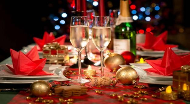 Conseils: Les essentiels pour une table de fête réussie