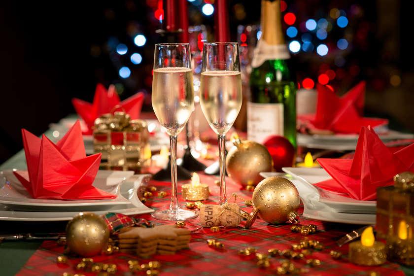 Conseils - Les essentiels pour une table de fête réussie - Blog La Foir'Fouille