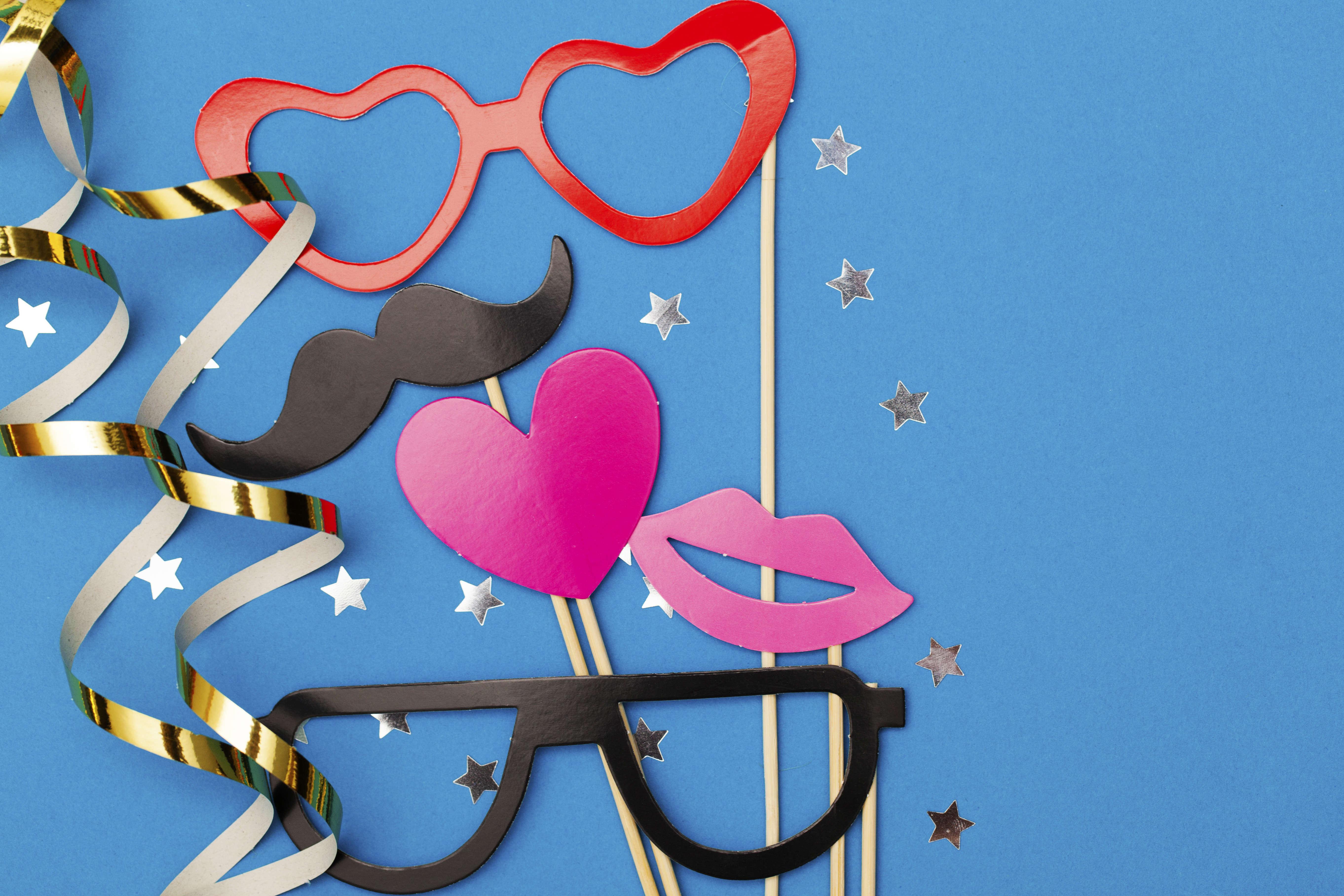 Mes accessoires photobooth de Nouvel An à imprimer - DIY - Blog La Foir'Fouille
