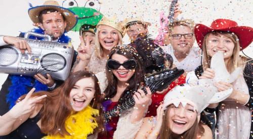 Conseils: 5 déguisements adultes insolites pour le Carnaval