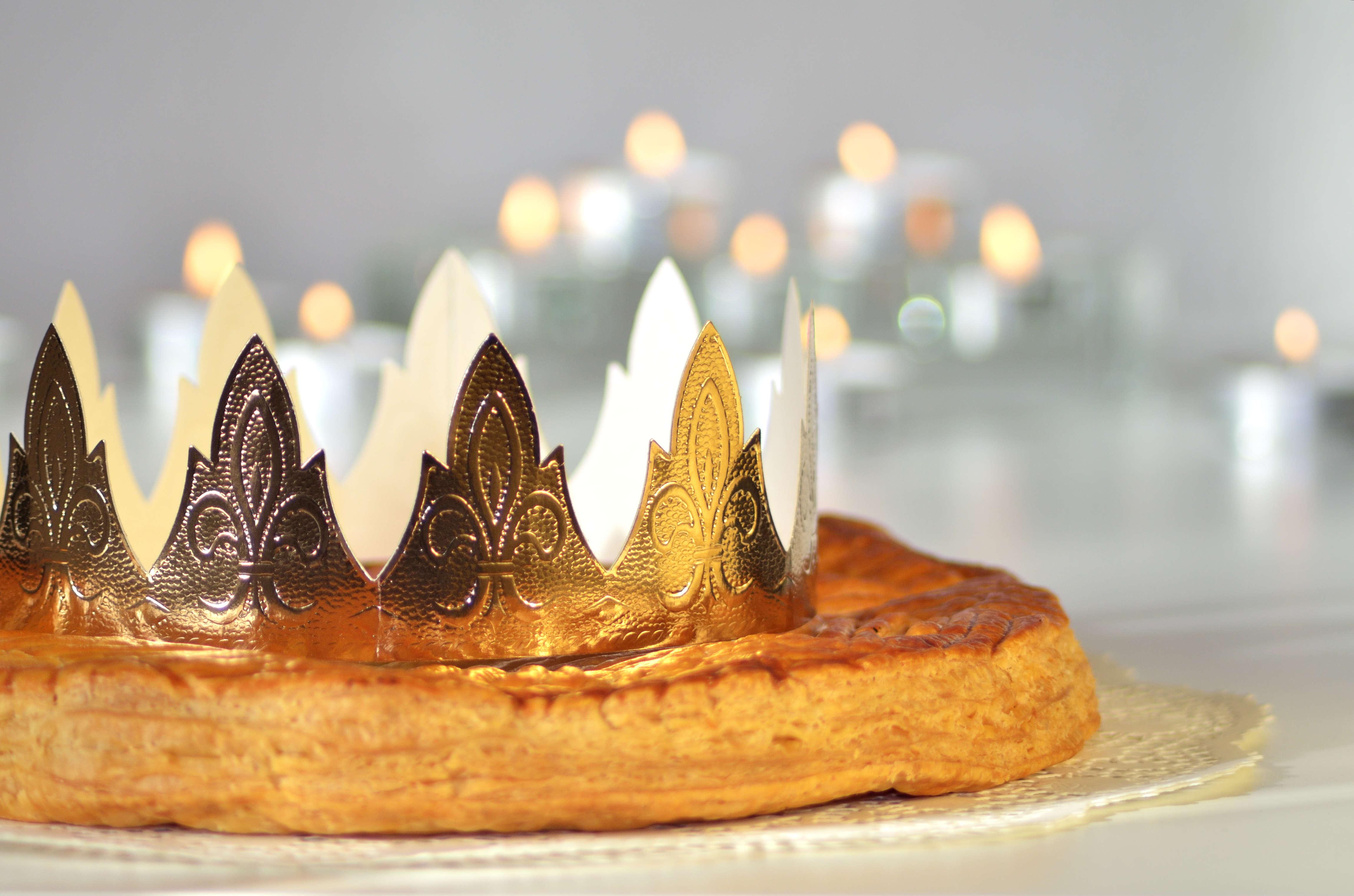 Pour l'Epiphanie, voici 4 couronnes des rois à imprimer - Blog La Foir'Fouille