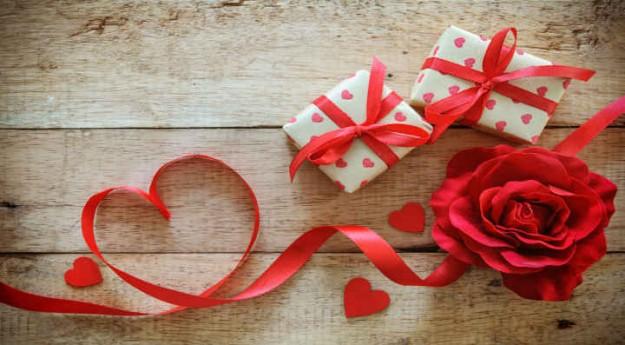 DIY: 6 étiquettes cadeaux de Saint Valentin