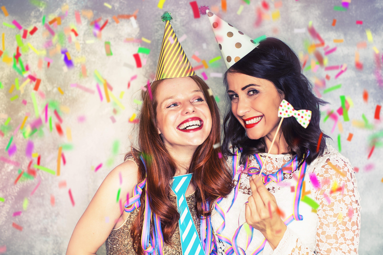 4 thèmes originaux pour la soirée déguisée du Nouvel An - Blog La Foir'Fouille - On adore