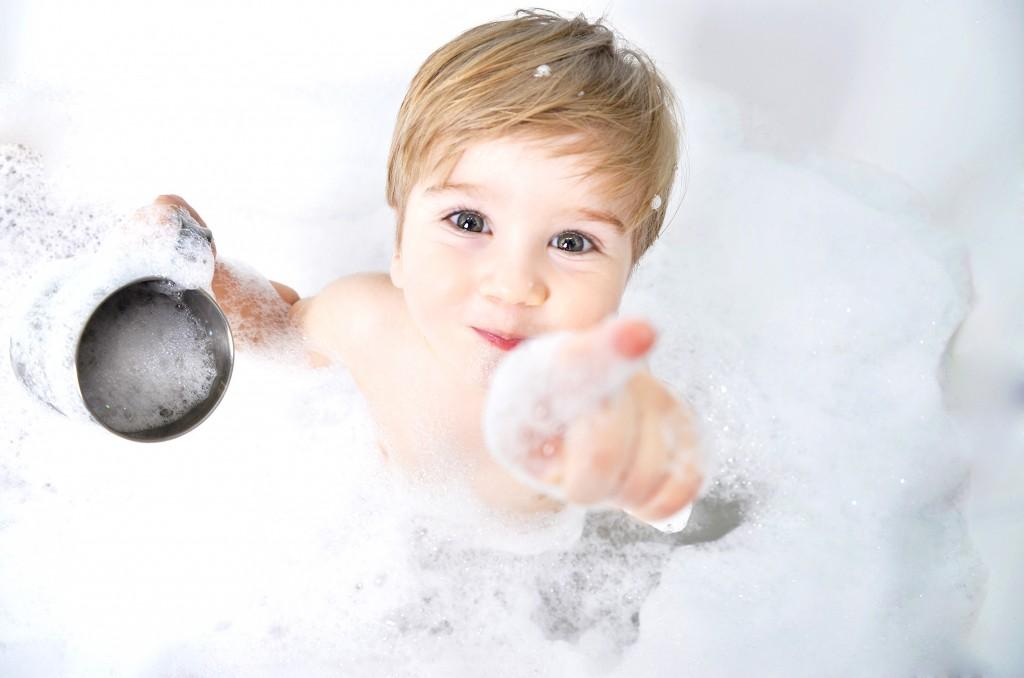 Garçon - On adore - 3 produits naturels pour nettoyer la baignoire
