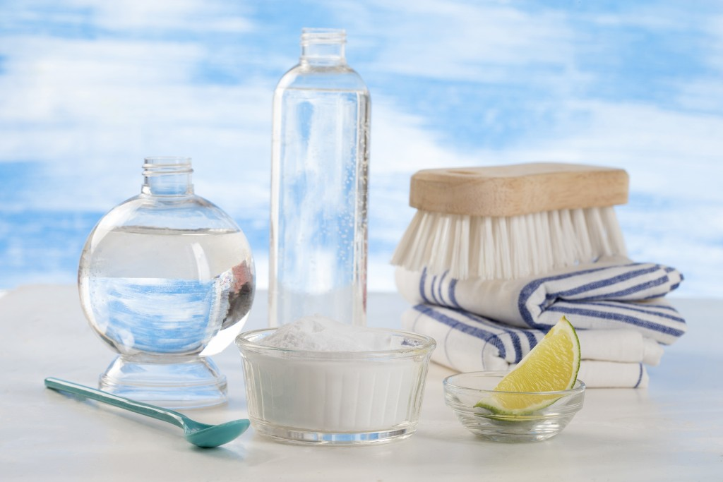 On adore - produits - 3 produits naturels pour nettoyer la baignoire