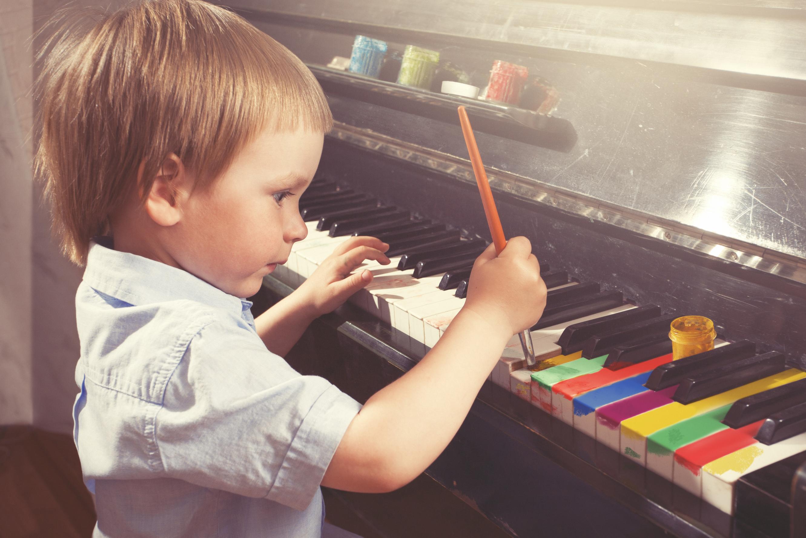 Sensibiliser les enfants à l'Art par le coloriage - Conseils - Piano