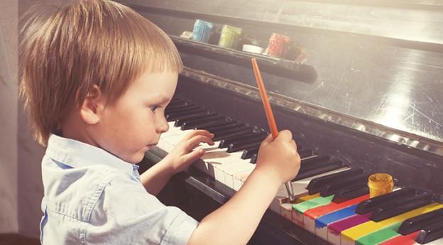 Conseils - Sensibiliser les enfants à l'Art par le coloriage - piano