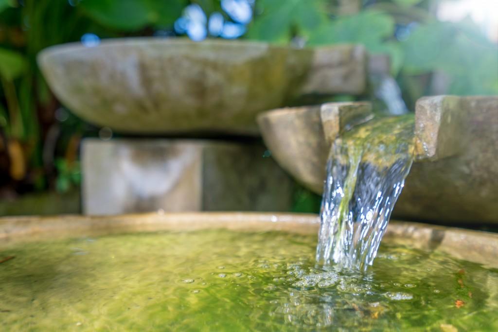 Fontaine - On adore - Les indispensables pour profiter de son jardin