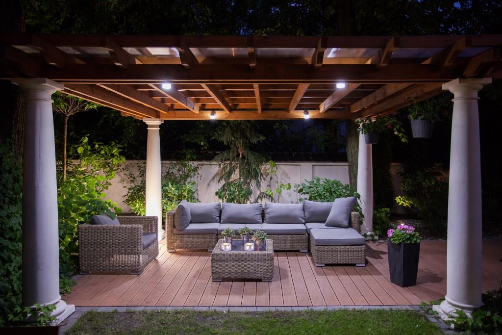 Conseils - Terrasse - Illuminer votre extérieur