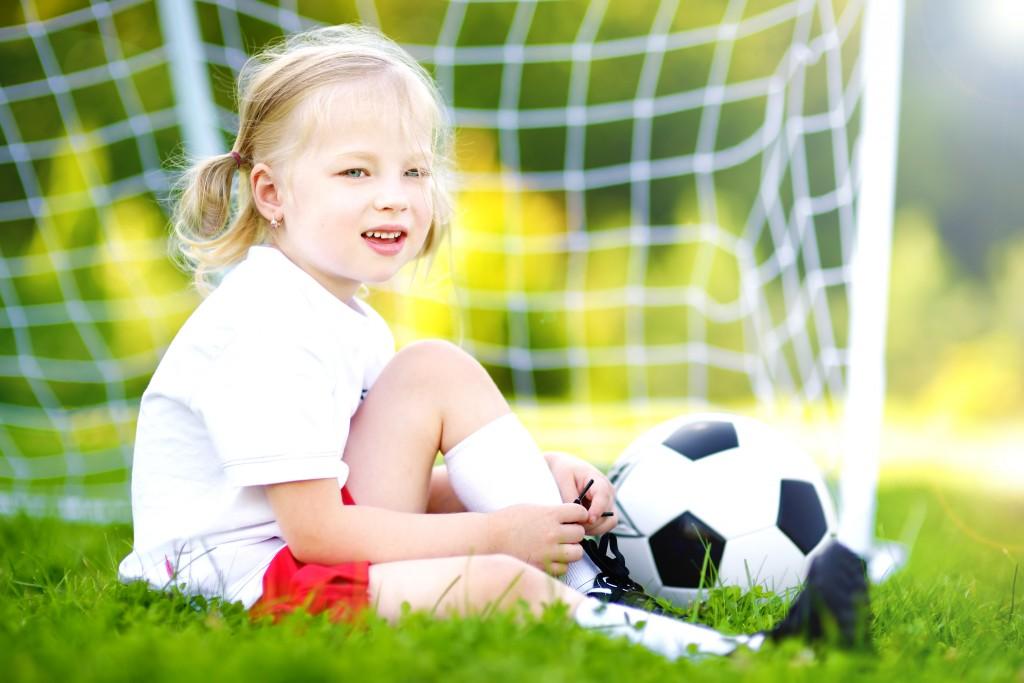 Fillette - On adore - Préparer la coupe du monde en famille