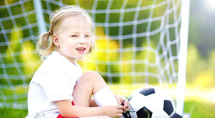 On adore - Fillette - Préparer la coupe du monde en famille