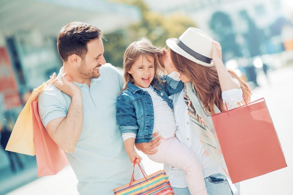 Famille - Conseils - Bien s'équiper pour les soldes d'été
