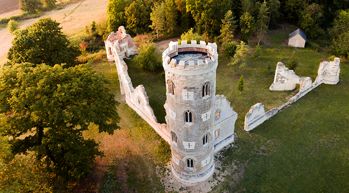 Monastère écarlate - Conseils - Nos indispensables pour ne rien rater des journées du Patrimoine