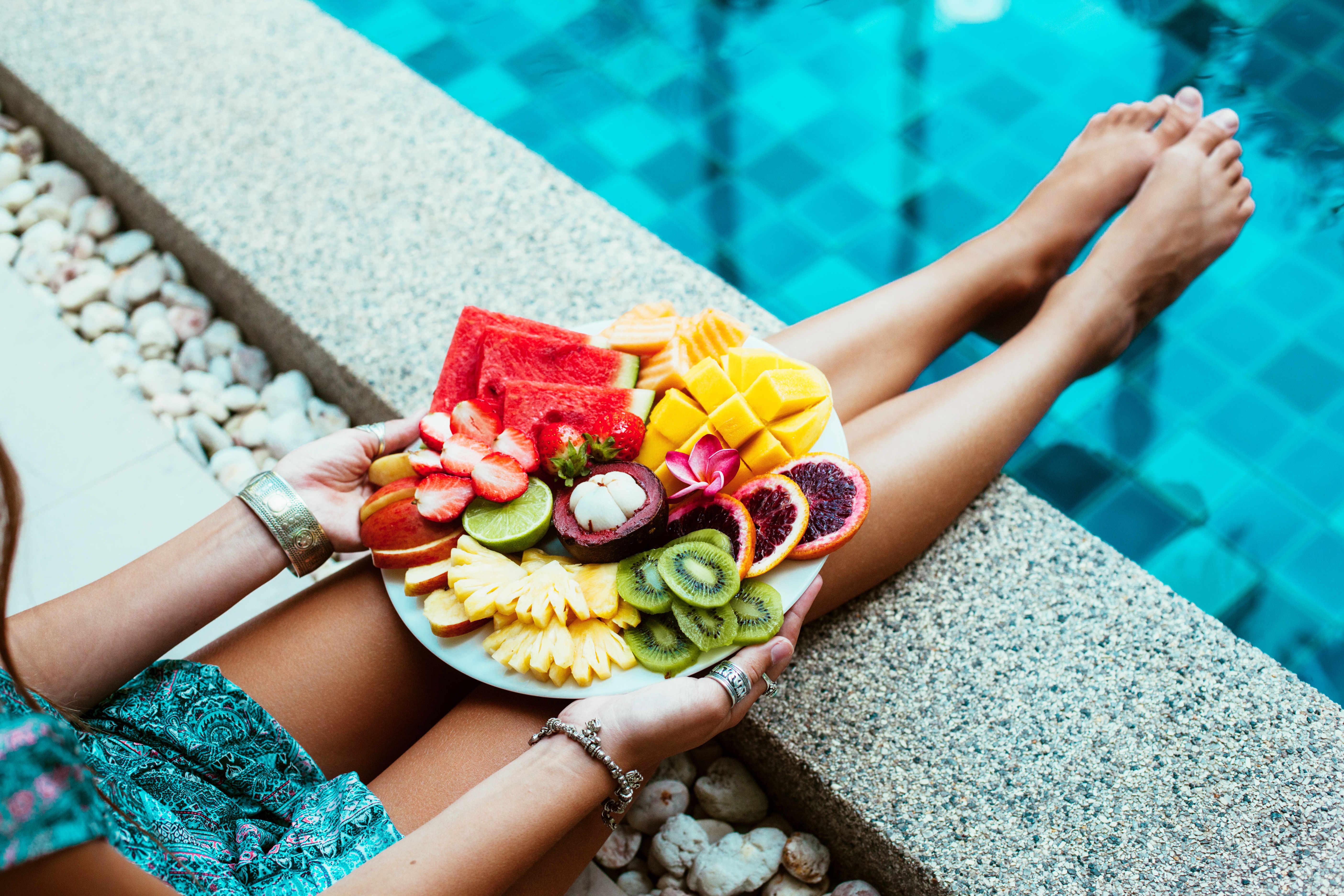 Nos conseils pour organiser une pool party - Blog La Foir'Fouille