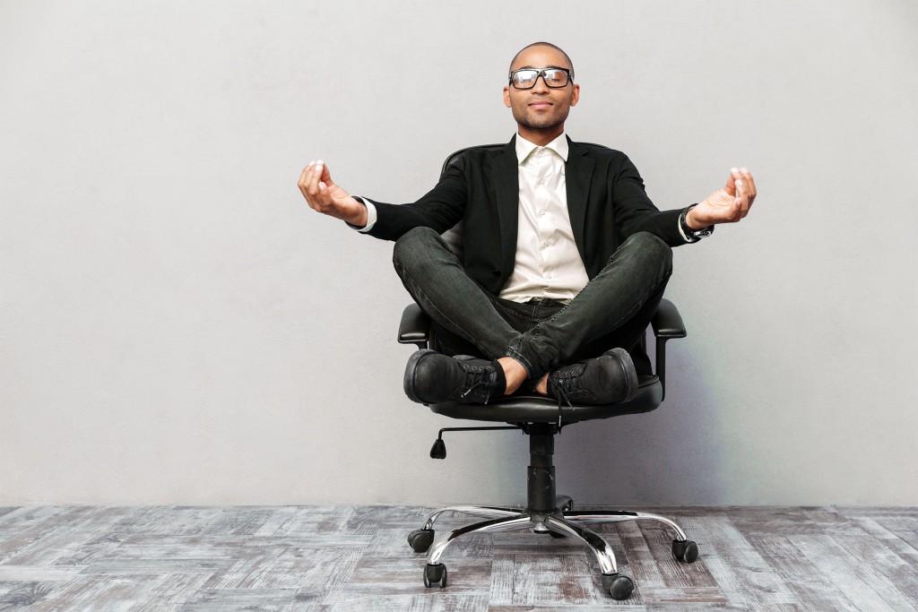 Relaxe - Guide d'achat - Choisir son siège de bureau
