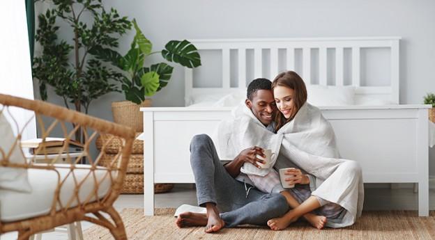 Plaid couple - On adore - 5 accessoires pour se préparer à l'Automne