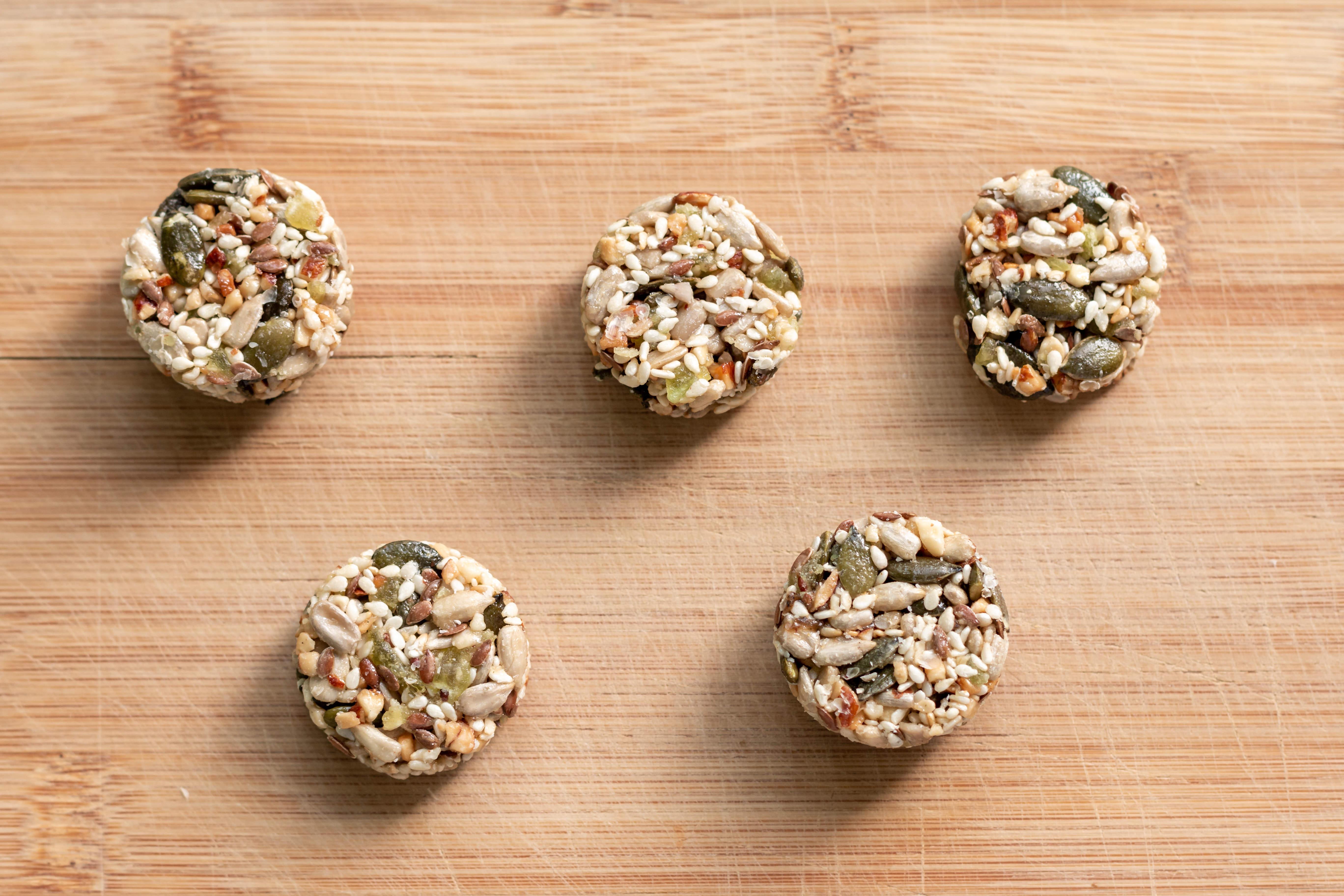 Blog La Foir'Fouille - DIY - Fabriquer des boules de graisse pour les oiseaux du jardin