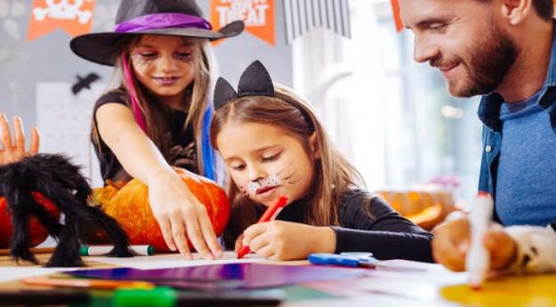 DIY: 4 cartes d'Halloween à imprimer et à colorier