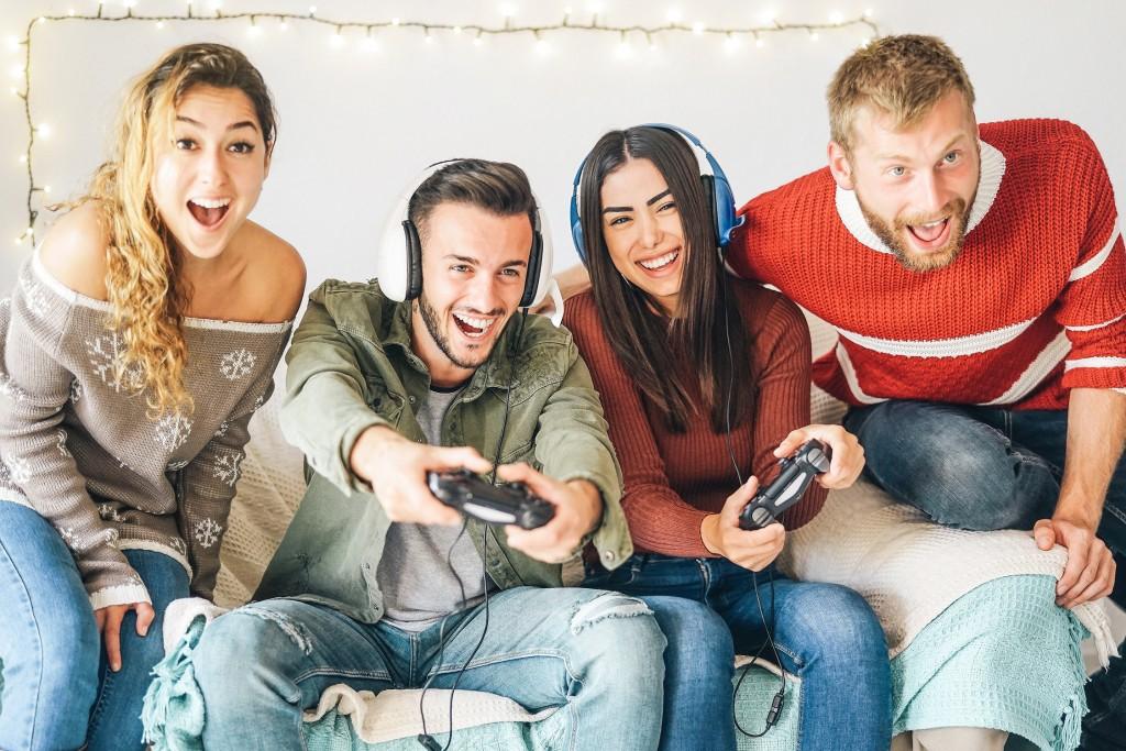 Conseils - 6 Cadeaux de Noël pour un gamer - Exciting gaming party - La Foir'Fouille