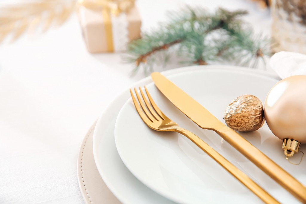 Table chic charme Foir'Fouille - Conseils - Bien décorer sa table de Noël chic !