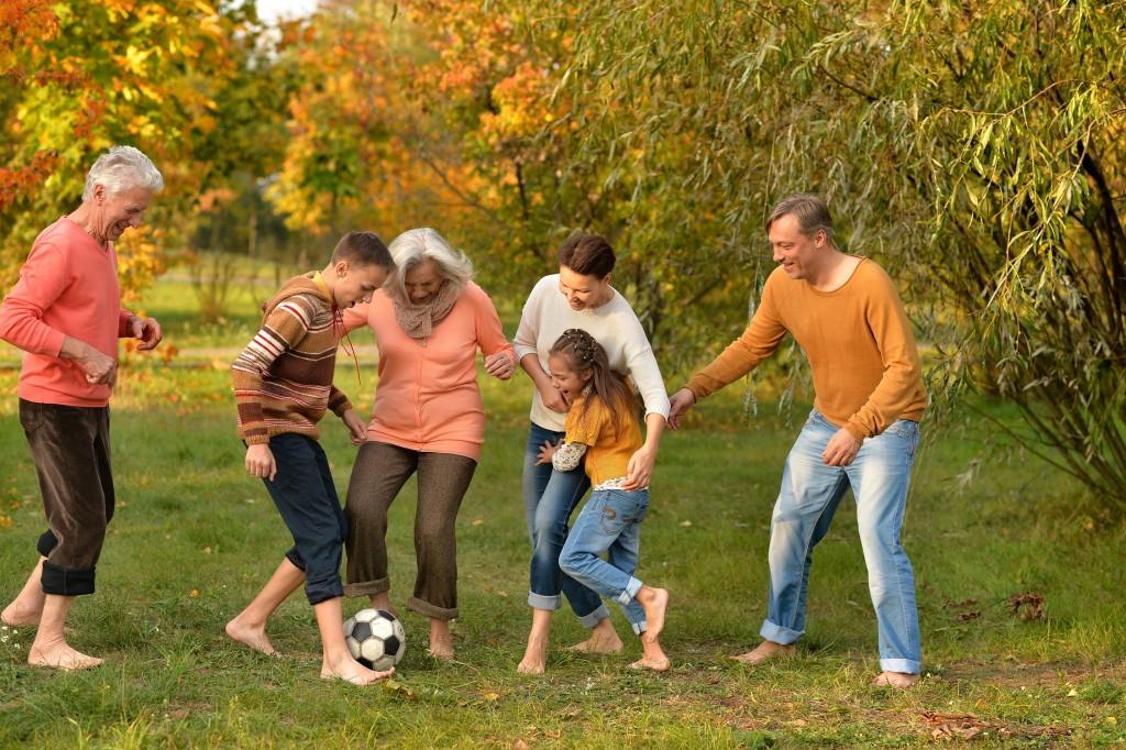 on adore - 5 jeux pour s amuser en famille cet ete - la foir fouille