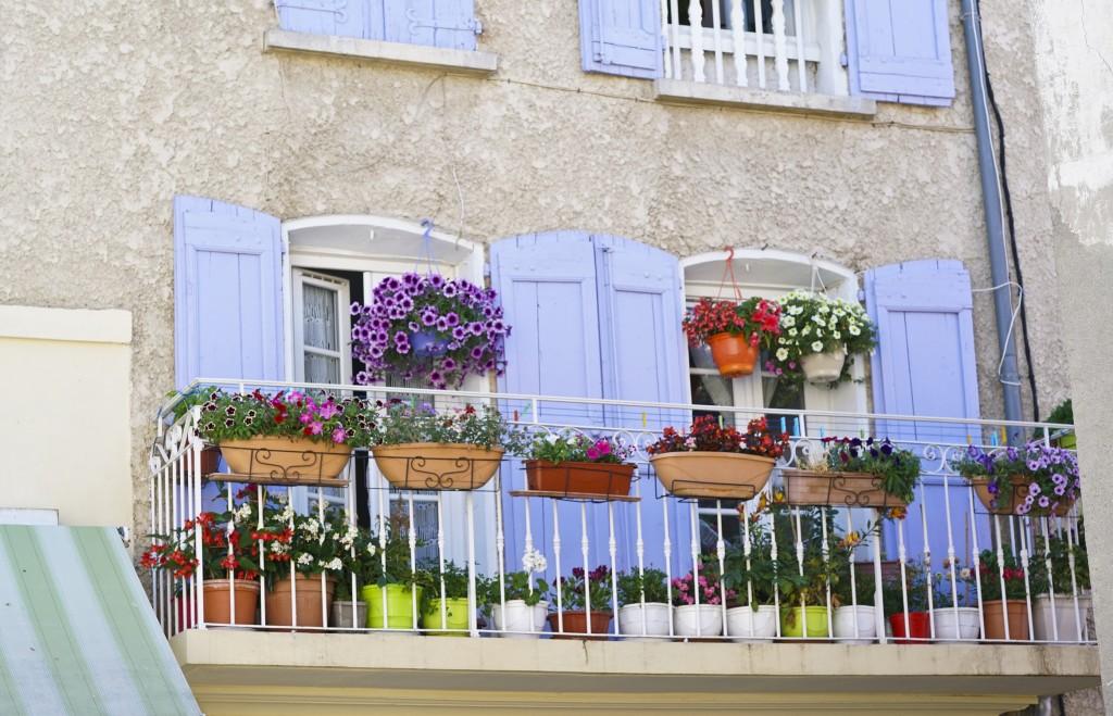 Balcon fleuri - Conseils - Comment aménager un balcon