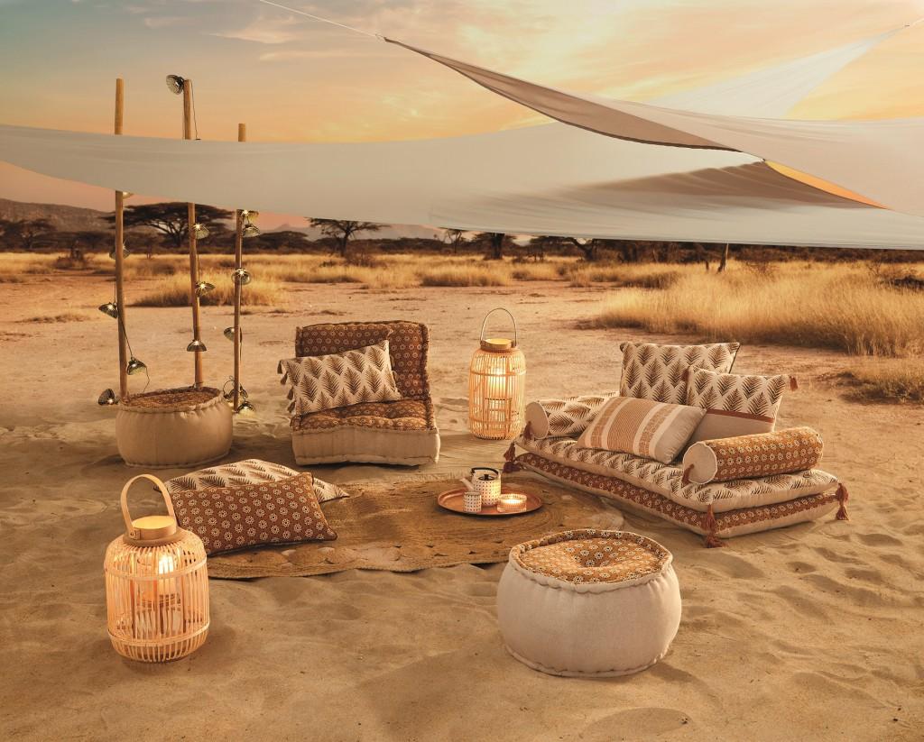 ambiance desertique safari lodge coussins de sol et ombrage