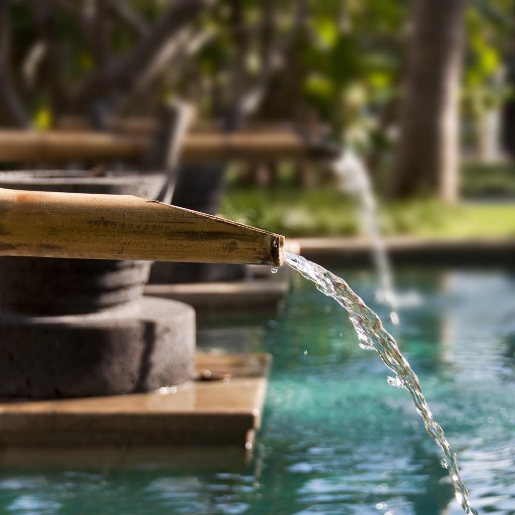 harmonie fontaine bambou jardin zen point d'eau
